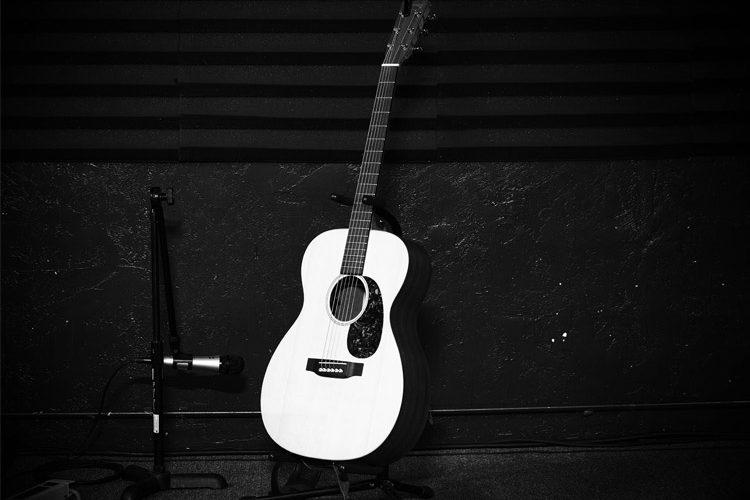 giao-trinh-guitar-dem-hat--tu-co-ban-den-nang-cao